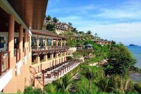 โรงแรมห้าดาว เนื้อที่ประมาณ 34 ไร่ ห้องพัก 257 ห้อง เกาะสิเหร่ 2