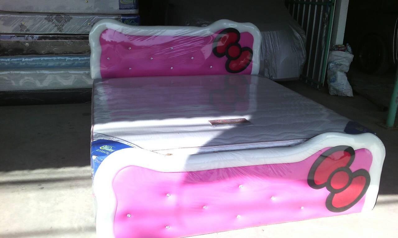 pink-white-002